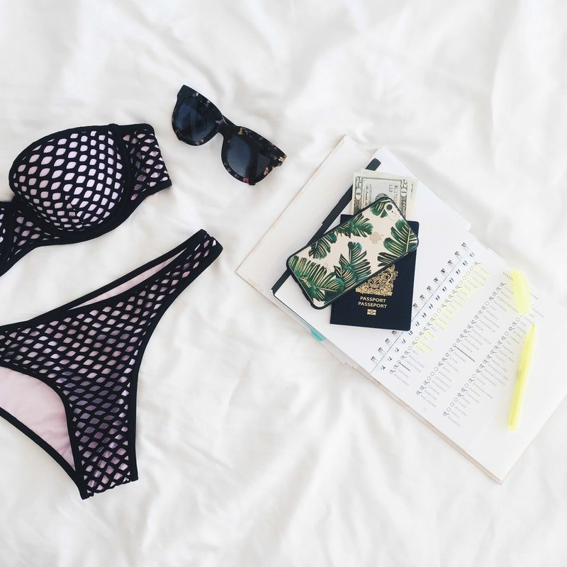 summer sunglasses, under $50, summertime fashion, fashion flatlay